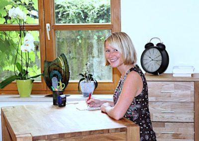 Katharina Griebl in Ihrer Naturheilpraxis